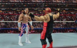 wwe-elite-39-the-british-bulldog-figure-review-face-off-with-vader