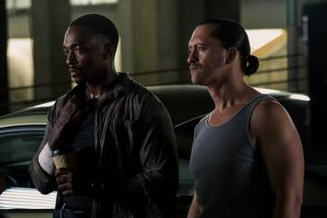 triple 9 review -anthony mackie and clifton collins_2