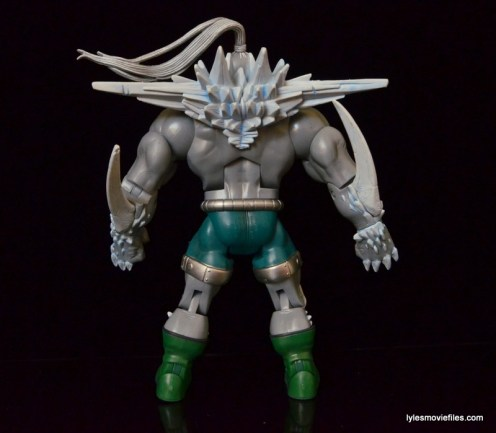 DC Signature Series Doomsday figure review - rear