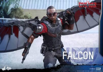 Hot Toys Captain America Civil War Falcon figure - action pose