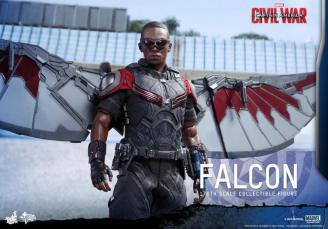 Hot Toys Captain America Civil War Falcon figure -standing