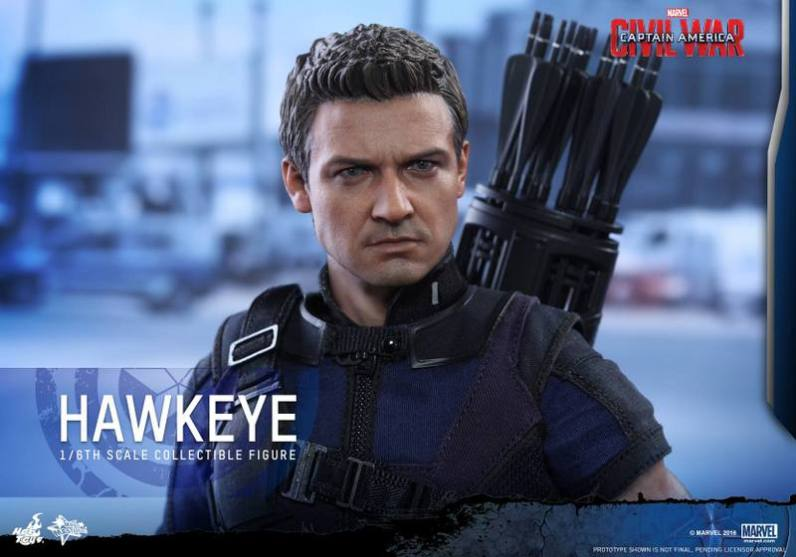 Hot Toys Captain America Civil War Hawkeye figure -close up