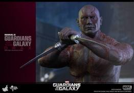 Hot Toys Guardian of the Galaxy Drax figure -blades out