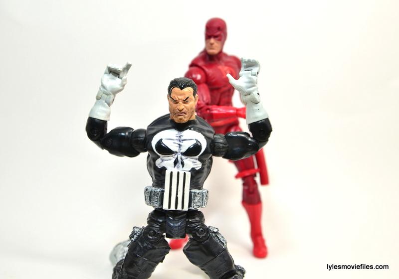 Marvel Legends Series 4 Punisher - surrendering to Daredevil