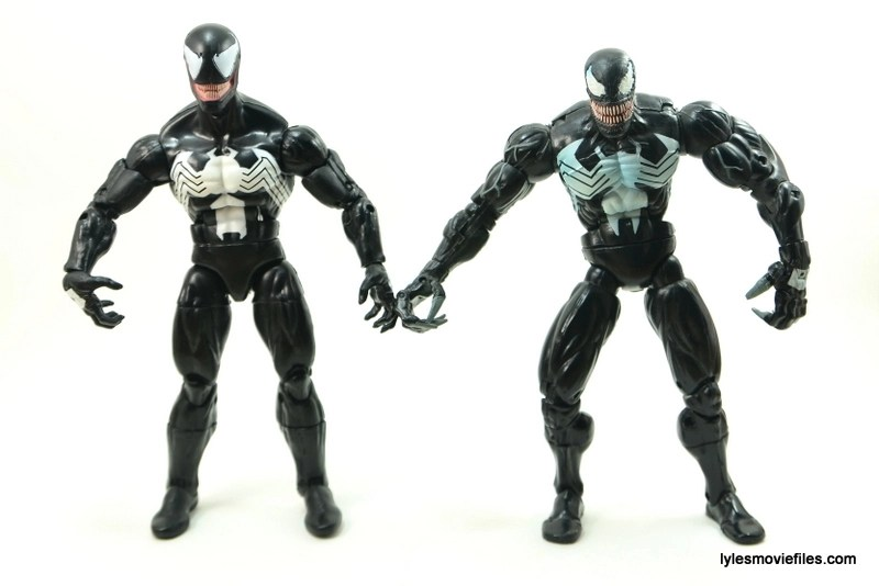 Marvel Legends Venom figure review - Hasbro Venom and Toy Biz Venom