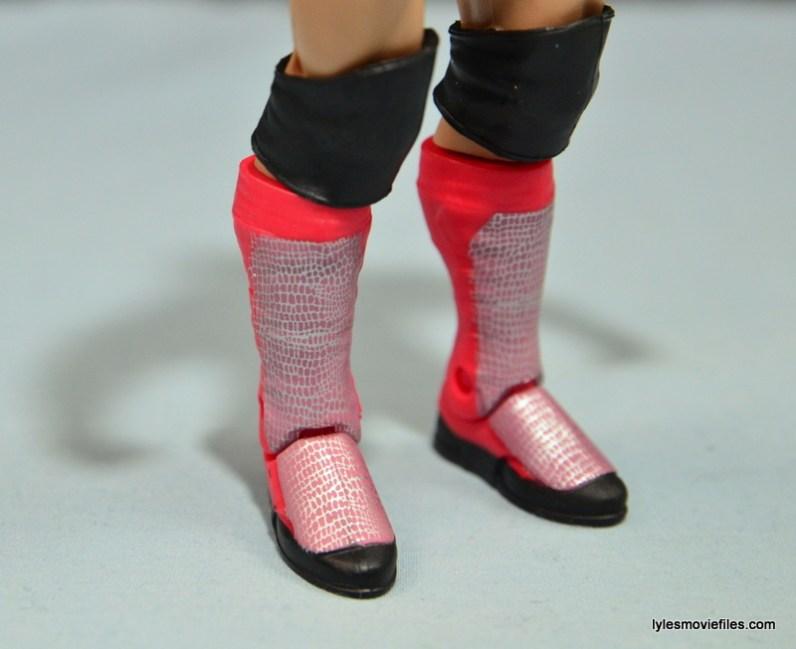 WWE Basic Finn Balor figure review -boot detail