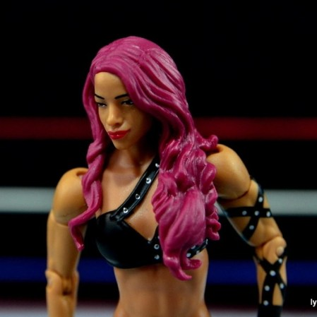 WWE Sasha Banks figure review - chest piece detail