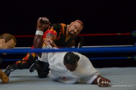 Wrestlemania 11 - Bam Bam Bigelow grabs LT's leg