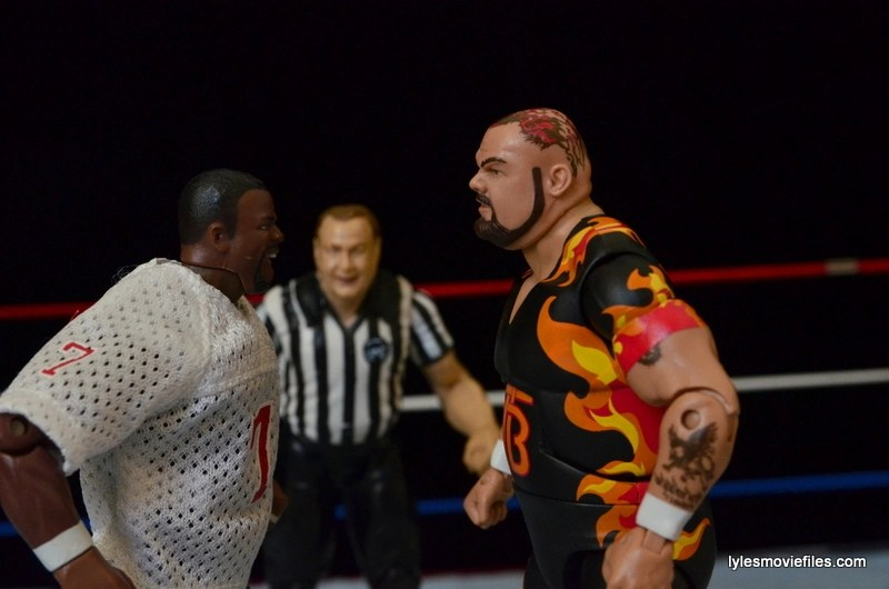 Wrestlemania 11 - Lawrence Taylor face to face with Bam Bam Bigelow