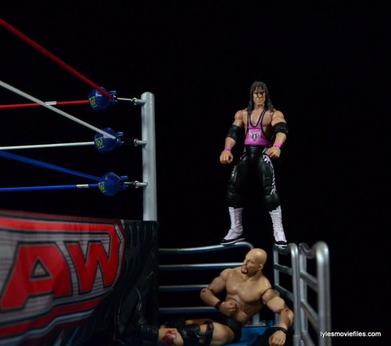Wrestlemania 13 - Bret Hart vs Stone Cold - Bret takes to the rail