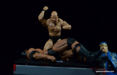 Wrestlemania 15 - The Rock vs Stone Cold -breaking table
