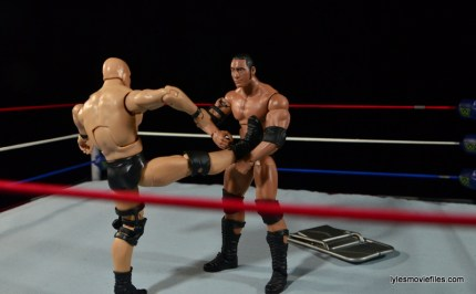 Wrestlemania 15 - The Rock vs Stone Cold -countering the Stunner