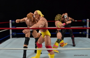 Wrestlemania 8 - Hogan vs Sid - Ultimate Warrior makes the save