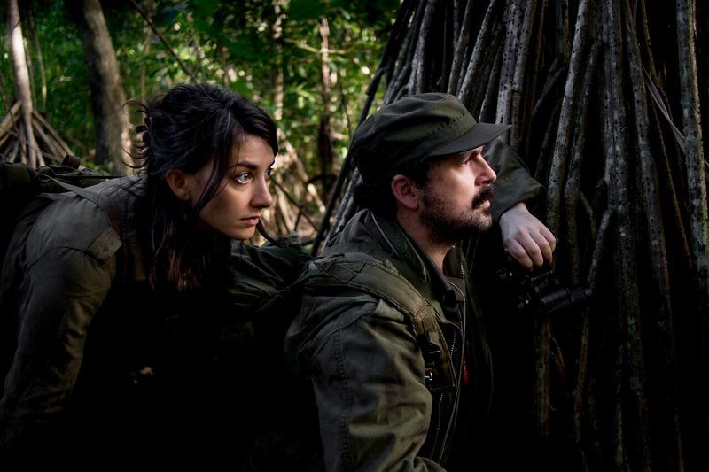 camino movie review -sheila vand and nacho vigalondo