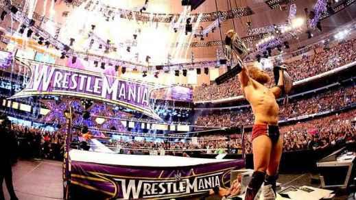 wrestlemania-30-daniel-bryan-with-both-world-titles_5