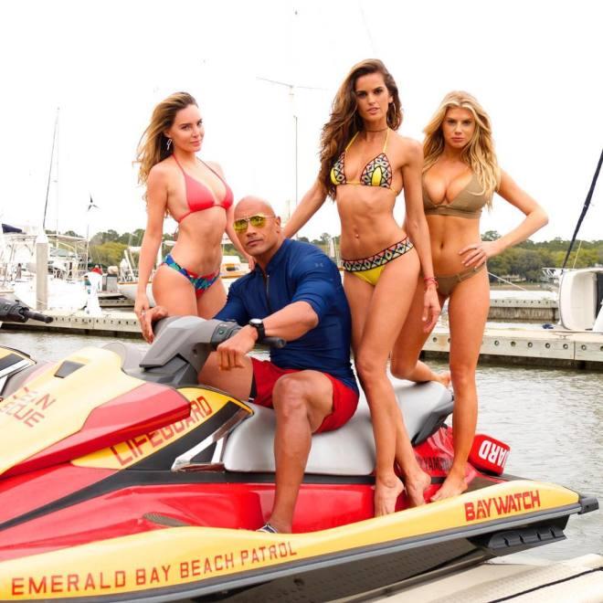 Baywatch - Dwayne Johnson, Izabel Goulart, Charlotte McKinney and Belinda
