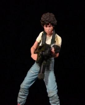 NECA Aliens Ellen Ripley figure - taking aim