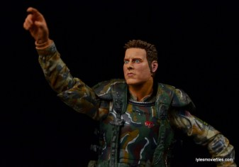NECA Aliens Sgt Craig Windrix figure -pointing up