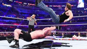 wrestlemania 32 - dean ambrose vs brock lesnar