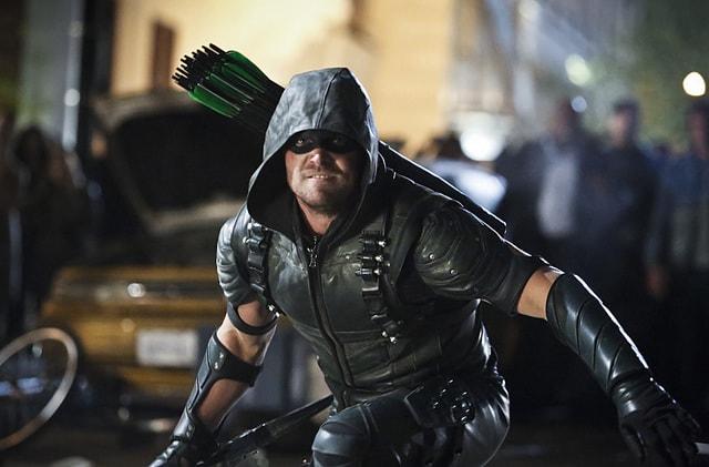 Arrow TV Reviews Arrow Schism review -Green Arrow-min