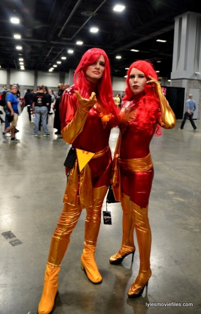 Awesome Con 2016 cosplay - Dark Phoenix pair