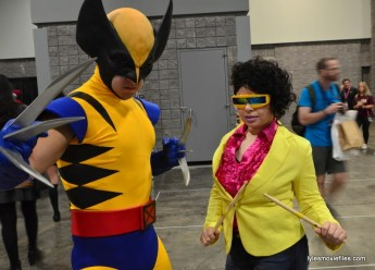 Awesome Con cosplay Day 2 -Wolverine and Jubilee