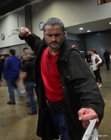 Awesome Con cosplay Day 2 -charging Old Man Logan