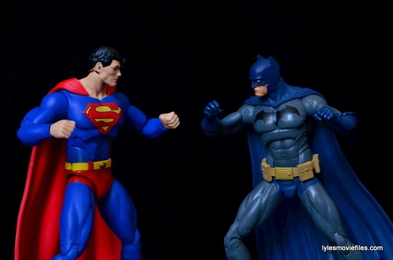 DC Icons Superman figure review - Batman vs Superman