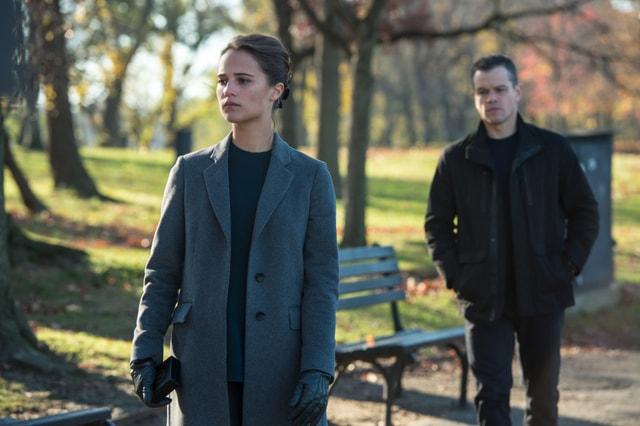 Jason Bourne pictures - Alicia Vikander and Matt Damon-min