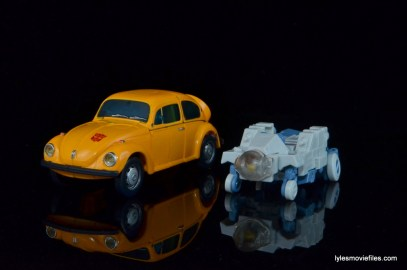 Transformers Masterpiece Bumblebee review -car mode with Spike transformed