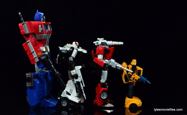 Transformers Masterpiece Bumblebee review - scale with Optimus Prime, Prowl, Sideswipe