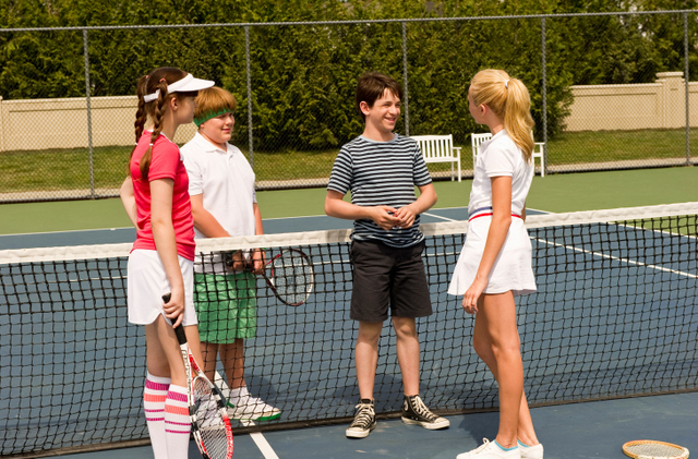 diary-of-a-wimpy-kid-dog-days-greg-rowley-and-holly