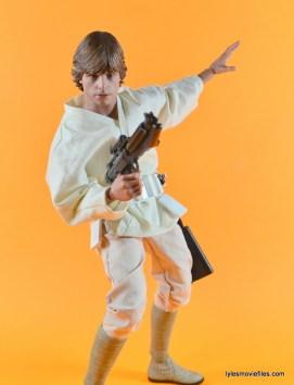 Hot Toys Luke Skywalker figure review -battle ready
