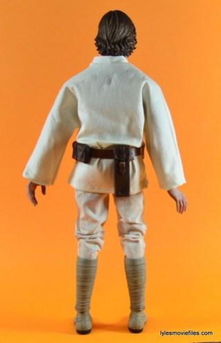 Hot Toys Luke Skywalker figure review -rear