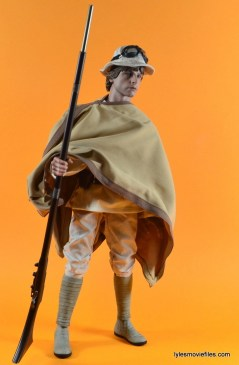 Hot Toys Luke Skywalker figure review -wide poncho, hat and staff