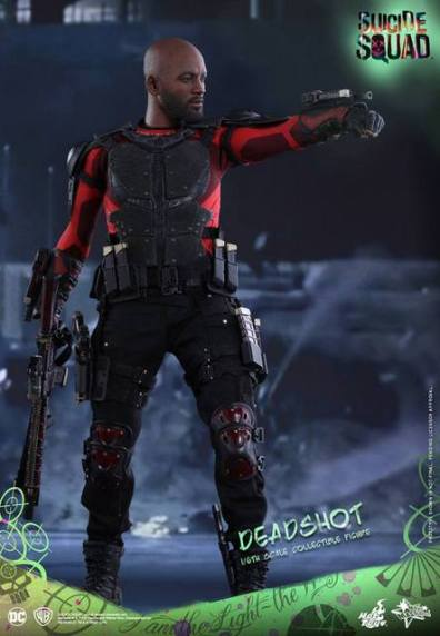 Hot Toys Suicide Squad Deadshot figure -full attire
