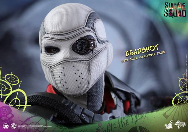 Hot Toys Suicide Squad Deadshot figure -mask close up
