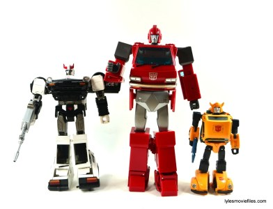 Transformers Masterpiece Ironhide figure review - scale with Prowl and Bumblebee
