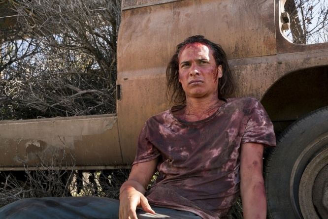 fear the walking dead grotesque review - nick against car