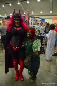 Baltimore Comic Con 2016 - Batwoman and Poison Ivy