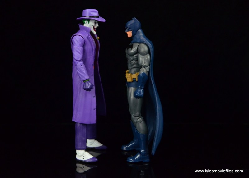 dc-icons-the-joker-figure-review-scale-with-batman