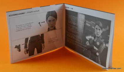 Hot Toys Maria Hill figure -instructions page 1