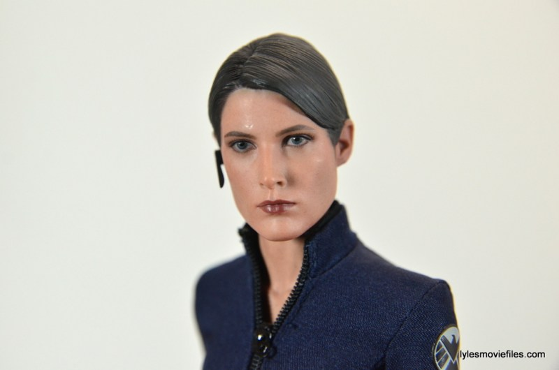 Hot Toys Maria Hill figure -profile pic