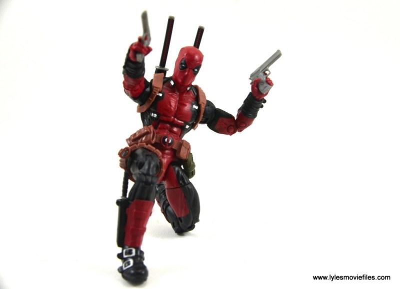 marvel-legends-deadpool-figure-review-kneeling