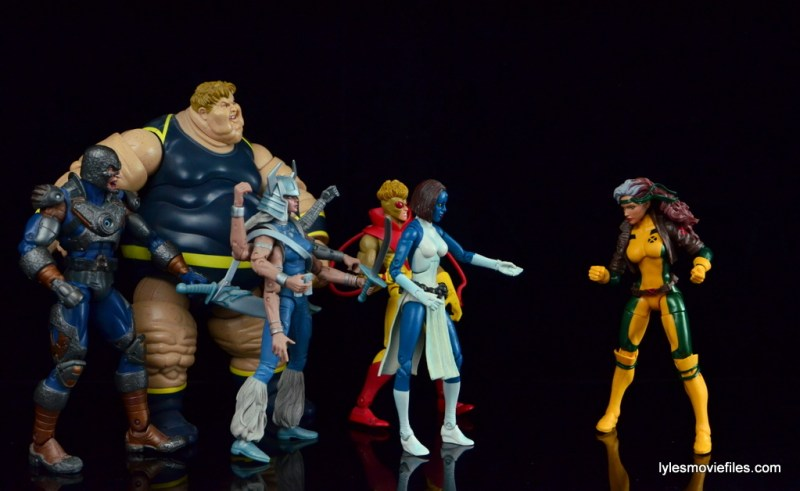 Marvel Legends Rogue figure review - face-off with Freedom Force