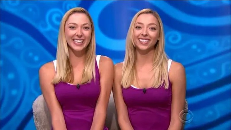 bb17-duo-liz-and-julia-nolan