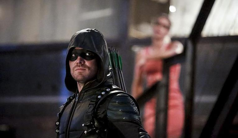 arrow-the-recruits-green-arrow-and-felicity
