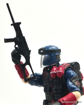 gi-joe-sinister-allies-set-review-viper-rifle-closeup