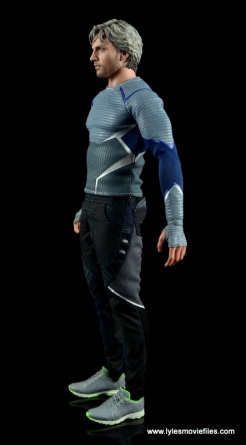 Hot Toys Quicksilver figure review - left side