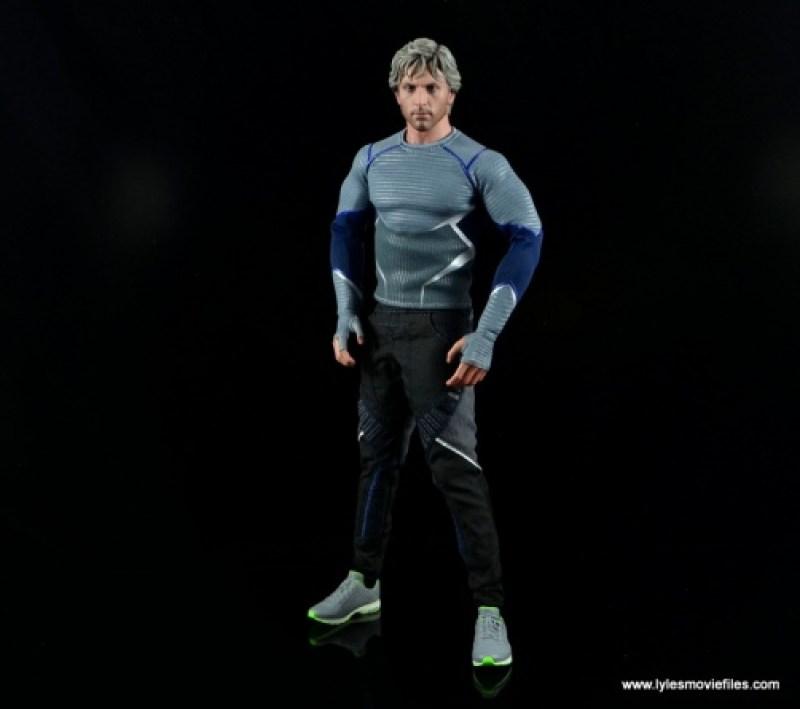 Hot Toys Quicksilver figure review - long shot